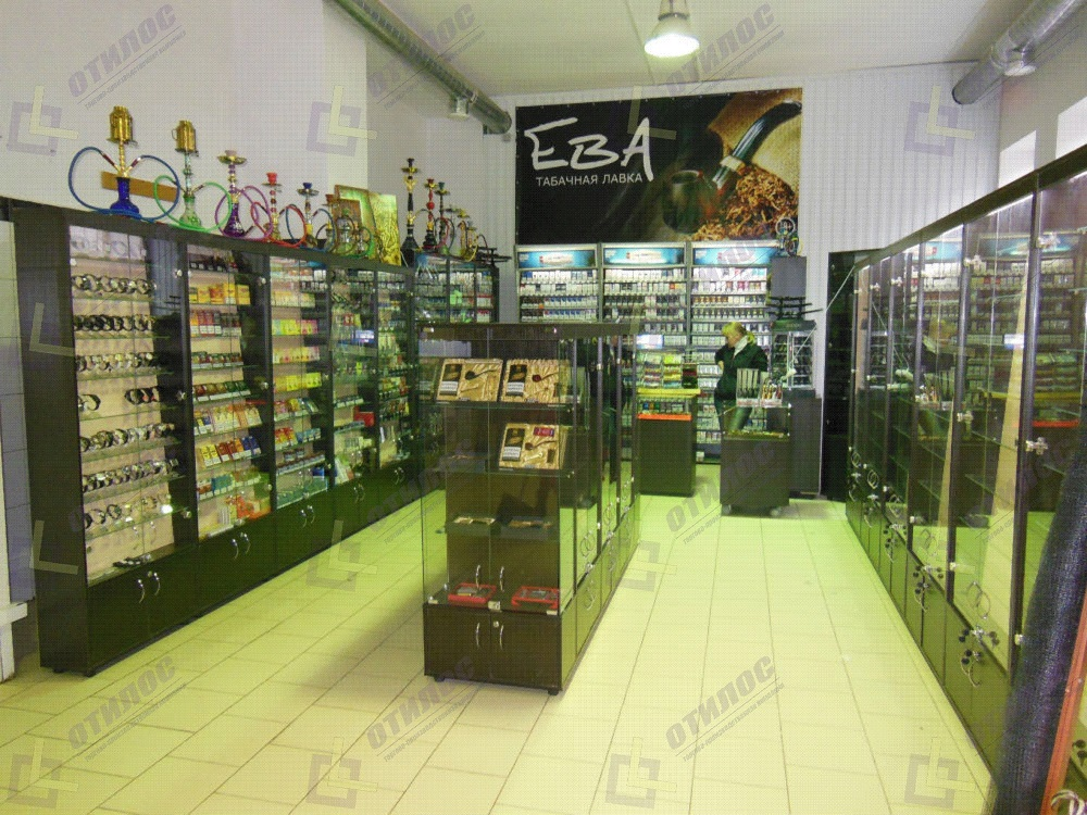 b09d37b80ea Витрины для магазина в Саратове